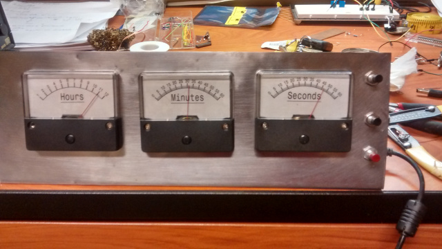 msp430_analog_gauge_clock.jpg